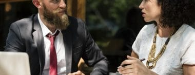 How to manage with grace a difficult conversation at work