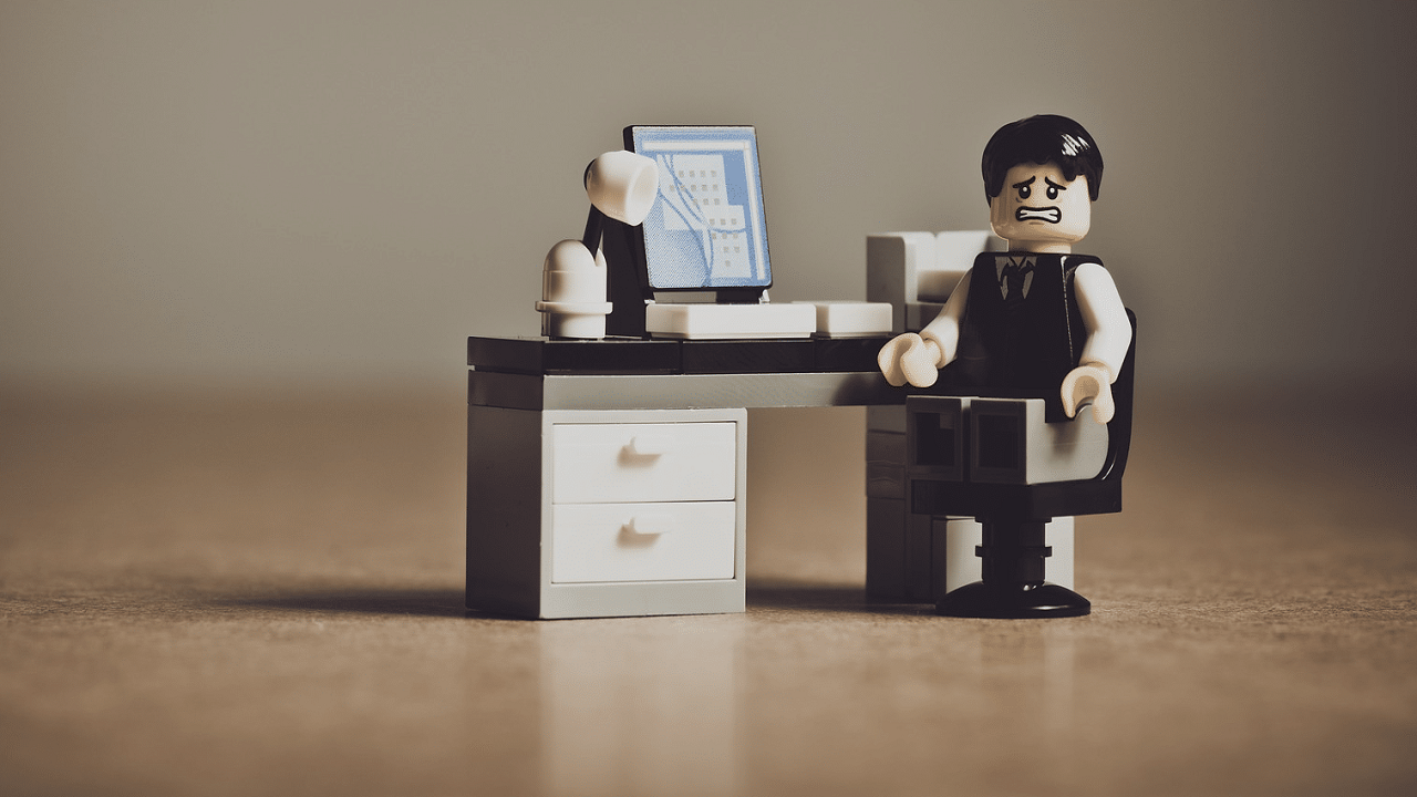 Overcoming employees' demotivation: 7 tips for HR professionals